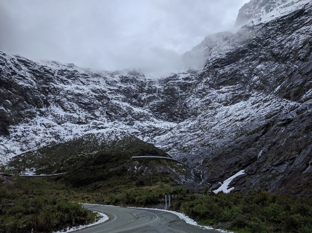 Milford Sound Highway New Zealand x