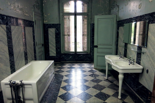 A Bathroom Of An Abandoned Mansion In France Photorator