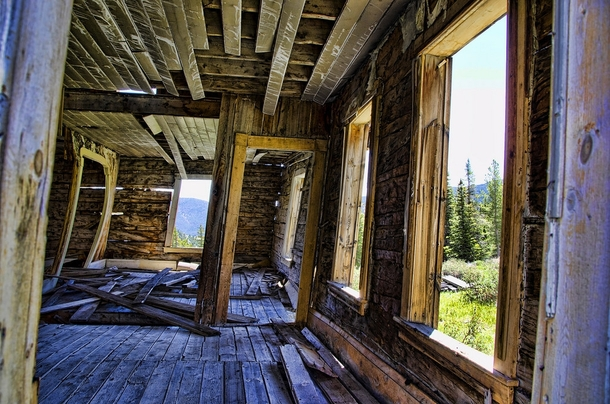 A cabin inside the ghost town of Lion City Montana United states   By Pattys-photos