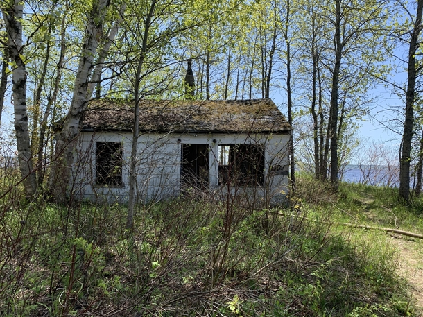 Abandoned home on the shores of Lake Michigan