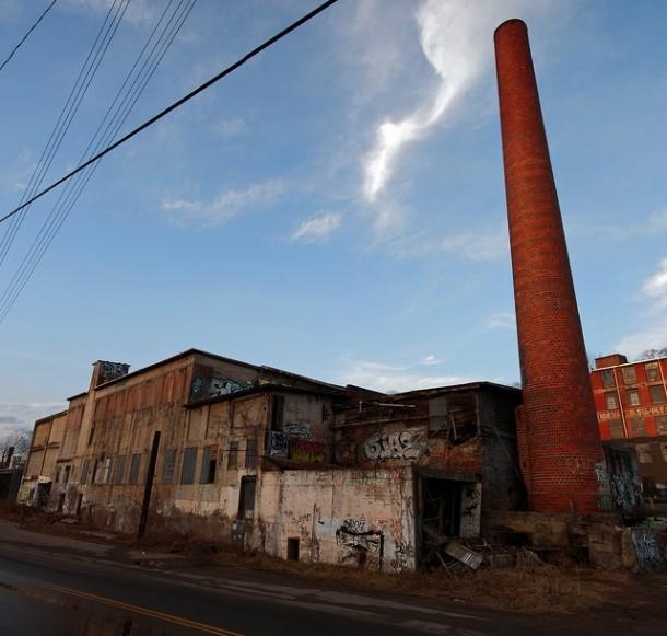 Abandoned ice block factory asheville nc photorator for Ice block construction