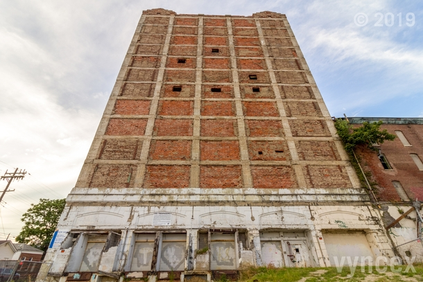 Abandoned Merchants Ice and Cold Storage Tower - Louisville Kentucky
