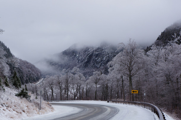 After a freezing rain storm OC - Photorator  After a freezin...