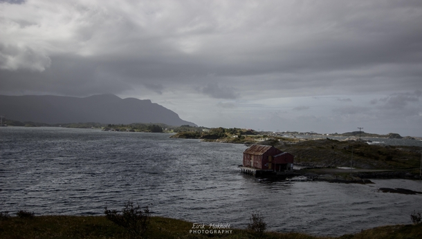An abandoned fishermans cabin by The Atlantic Road Norway