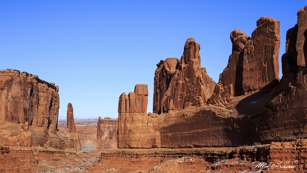Arches Park Avenue ViewpointUtah United States by Alfred Lockwood
