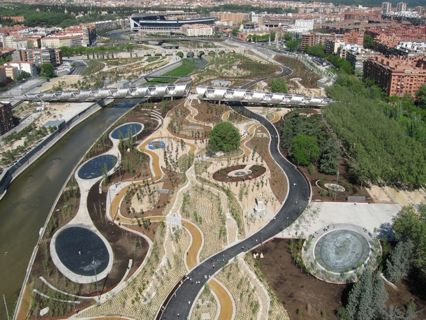Arganzuela bridge Madrid Spain The Arganzuela is the longest in a series of bridges planned for Madrids Manzanares Park