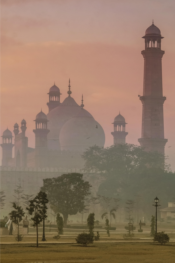 Badshahi Mosque Lahore Pakistan Completed