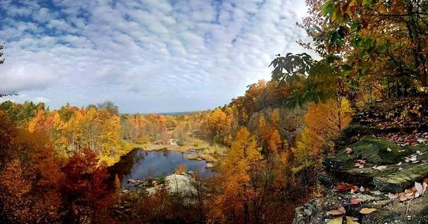 Beautiful fall in Chapin Forest Kirtland Ohio - Photorator