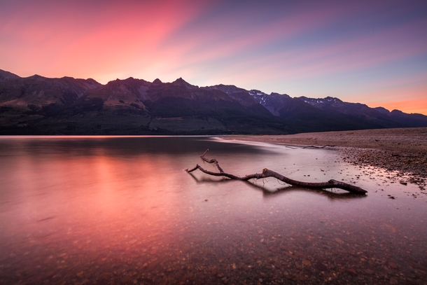 Been seeing some amazing sunsets lately in New Zealand - heres one in Glenorchy