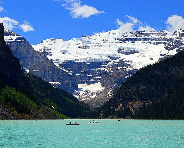 Breathtaking Lake Louise near Calgary Alberta