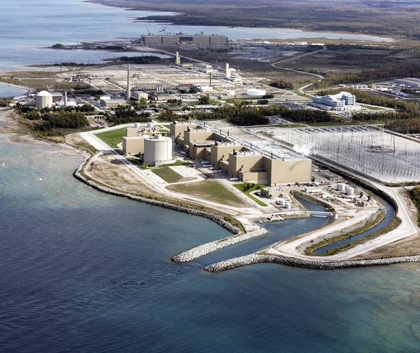 Bruce Nuclear Power- Stations A amp B the largest nuclear power facility in the world by reactor count