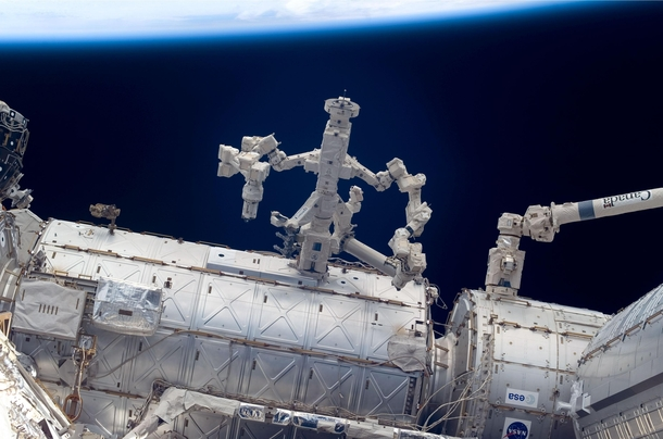 Canadian robot Dextre the Special Purpose Dexterous Manipulator on the ISS  x-post rtechnologyporn