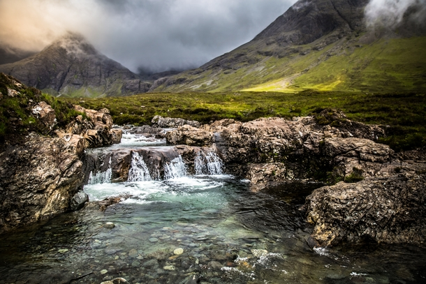 Discovered the Fairy Pools while hiking in Scotland  x-post routdoorScotland