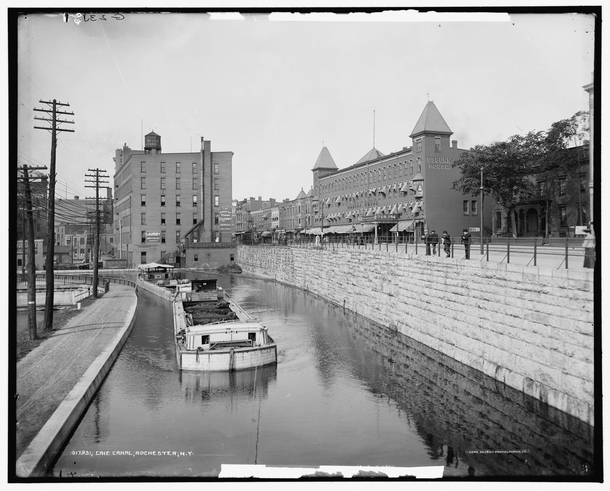 Erie Canal Rochester New York ca - Photorator