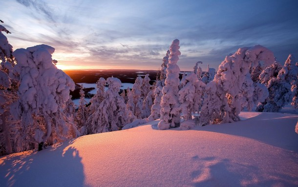 Fresh powder in Lapland Finland x-post rearthporn