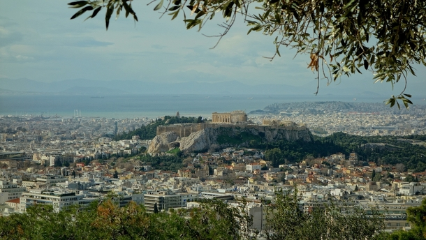 I dont like the picture of Athens thats currently at the top posts so heres a better pic taken from the hill seen in the first one