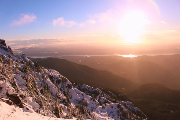 I hiked Mount Ellinor yesterday early enough to see the sunrise