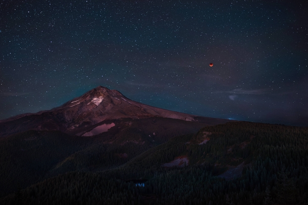 I tried all four times to see the blood moon over the last couple years Finally on my fourth attempt I saw one of the coolest things in my life Bad Moon Rising Mt Hood Oregon