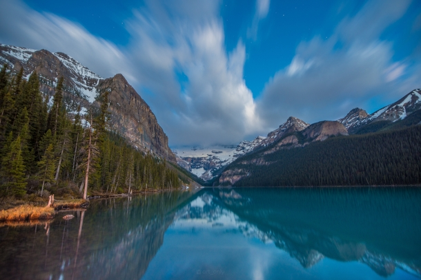 I was looking for certain picture from few months ago and I came across this shot of Lake Louise