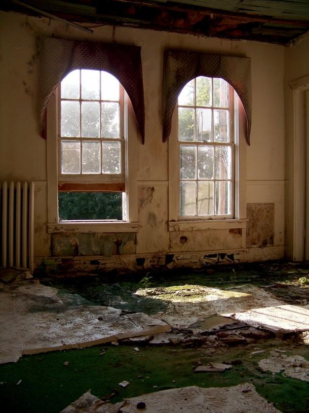 Interior Decay Abandoned Hotel West Virginia X Photorator