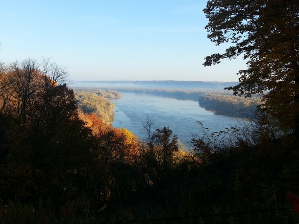 Ive been seeing too many HDR retouched oversaturated photos on rearthporn Here is a photo of the Mississippi River I took on my cellphone camera last fall Not the sharpest image but it feels more realistic Guttenberg IA