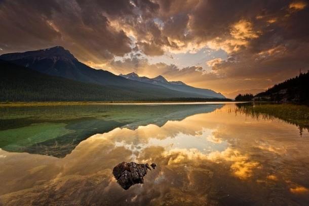 image rayon de soleil nuage bDpAI7qN