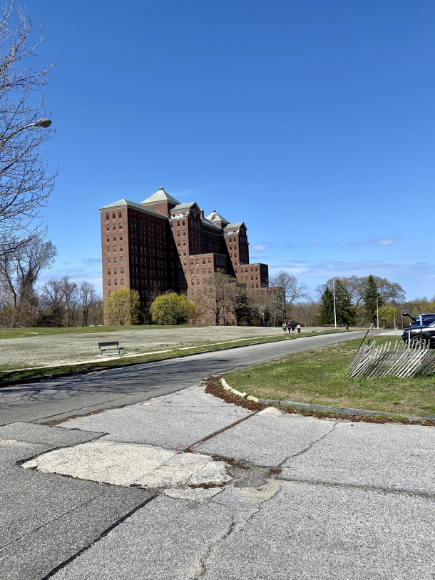 Kings Park Psychiatric Center famous building  New York USA OC photo taken  out with my family strolling  It is now a Park grounds well maintained not the buildings