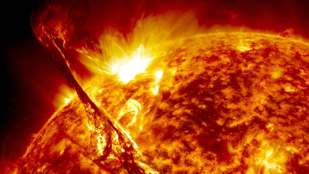 Magnificent eruption captured by the Solar Dynamics Observatory
