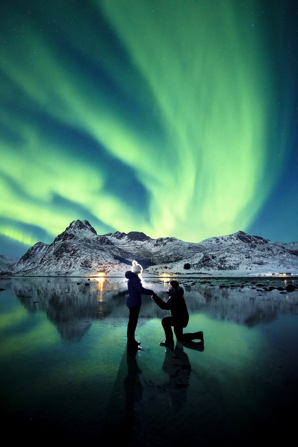 Man proposes to girlfriend under the aurora borealis in Iceland  Pic by Dale Sharpe
