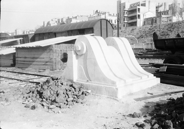 Mid s  Constanta Romania art deco style end for a rail dont know the technical term O found it a bit unusual