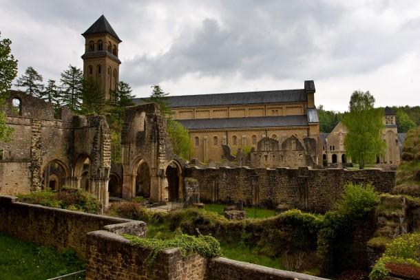 http://photorator.com/photos/images/monastery-ruins--14531.jpg