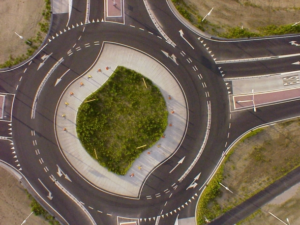 More efficient than a regular roundabout meet the turbo-roundabout