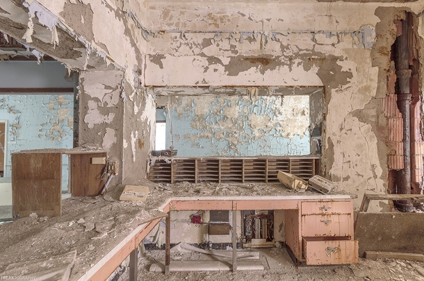 Nurses station in a very long abandoned nursing home near Buffalo OC - x