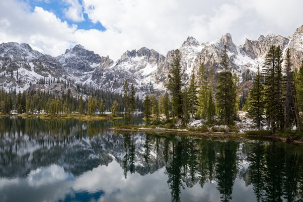 People dont really consider beauty of Idaho so Im here to share a little love for it This is Alice Lake in the Sawtooth Wilderness