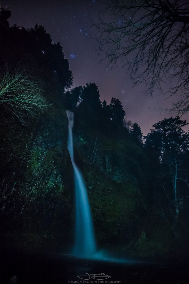 Pleiades over Horsetail Falls OR  seconds