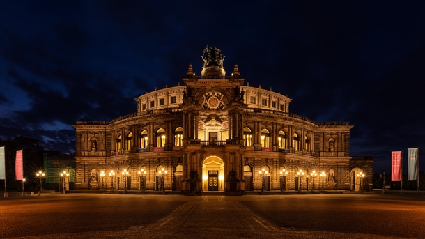 Semperopera Dresden Germany x