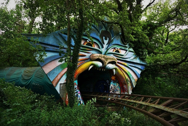 Spreepark East Berlin - abandoned theme park