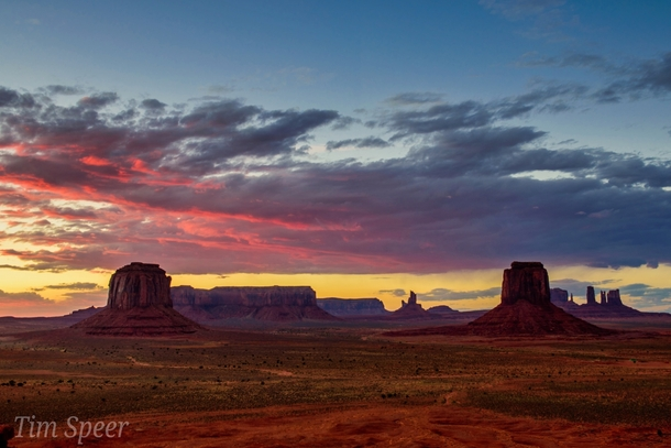 Sunset at Monument Valley OC x