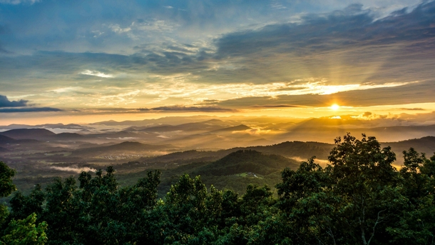 Sunset From Jump Off Rock Hendersonville NC