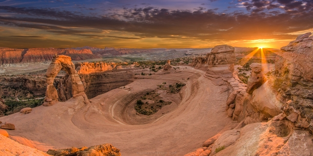 ... Sunset at Delicate arch, Archesh National Park, Utah, USA | by Daniel  Viñe