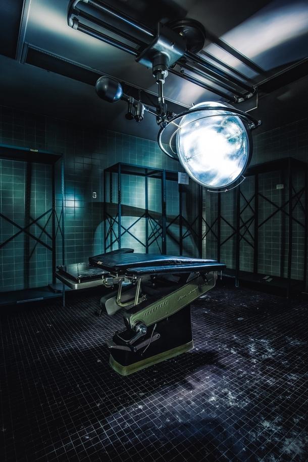 Surgery Room in an abandoned hospital California - Photorator