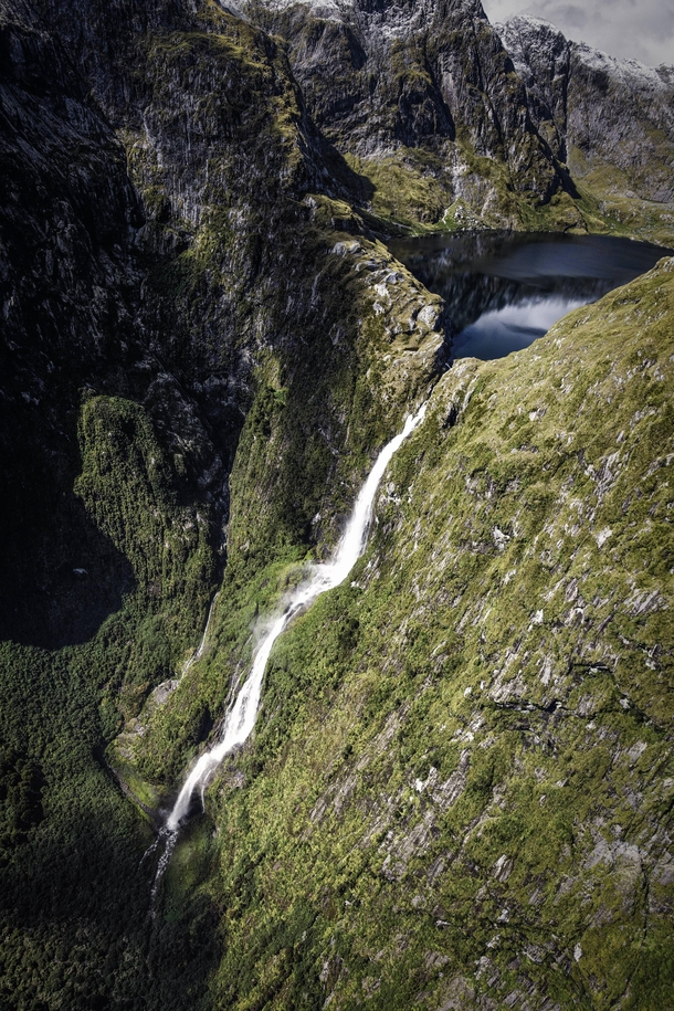 Sutherland Falls flowing from Lake Quill high up in Fiordland