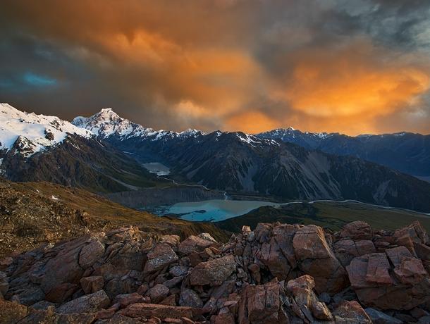 The beautiful New Zealand Southern Alps Photo by Yan Zhang
