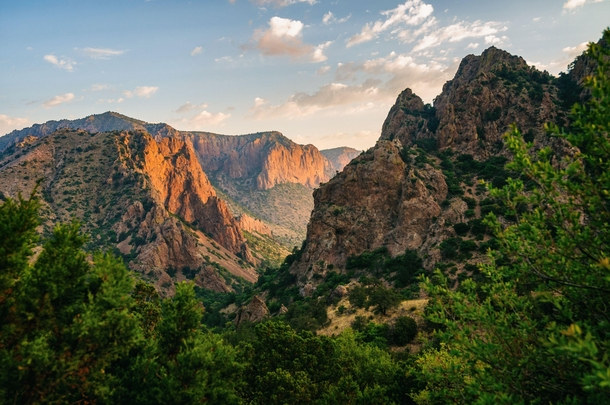 The Chisos Mountains of Big Bend National Park in Texas OC ...
