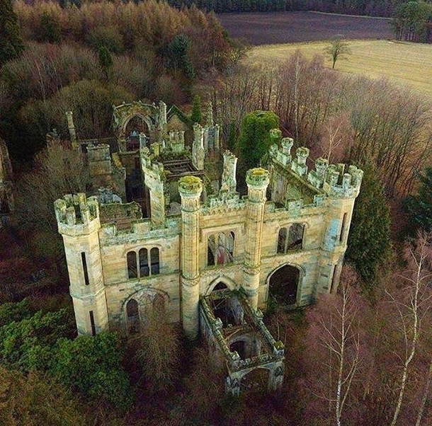 The Crawford Priory was originally built as Crawford Lodge by the st Earl of Crawford in  It was substantially enlarged amp extended in the early th century by a sister of the nd Earl Lady Mary Lindsay Crawford The final owner was the nd Baron of Glasgow