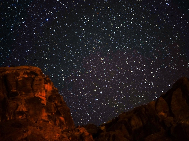 The night sky above Arches National Park
