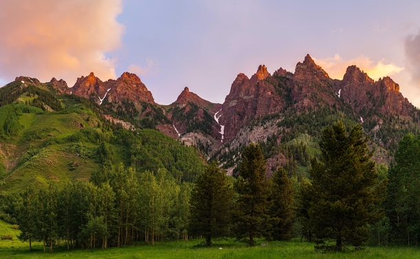 The Under-Appreciated Mountains BEHIND the Iconic Maroon Bells View in Colorado