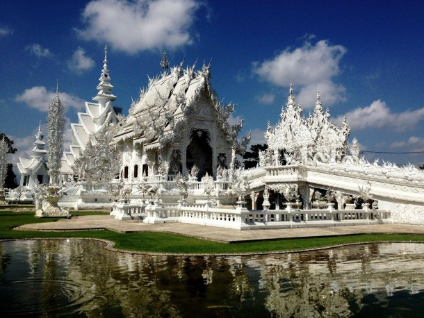 Wat Rong Khun by Chalermchai Kositpipat - Chiang Rai Thailand - - Photorator