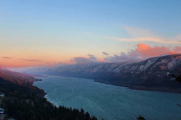Winter sunset on the Columbia River WA