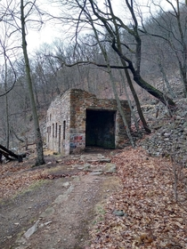 abandoned silica mining building on the side of the mountain Thousand steps trail Mapleton PA USA